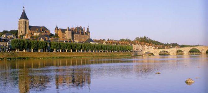 Gien, La Bussière, Saint-Brisson…: les autres châteaux de la Loire ! (1/3)