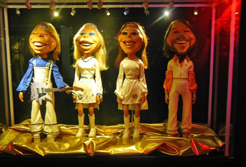 SUE_ABBA_marionnettes