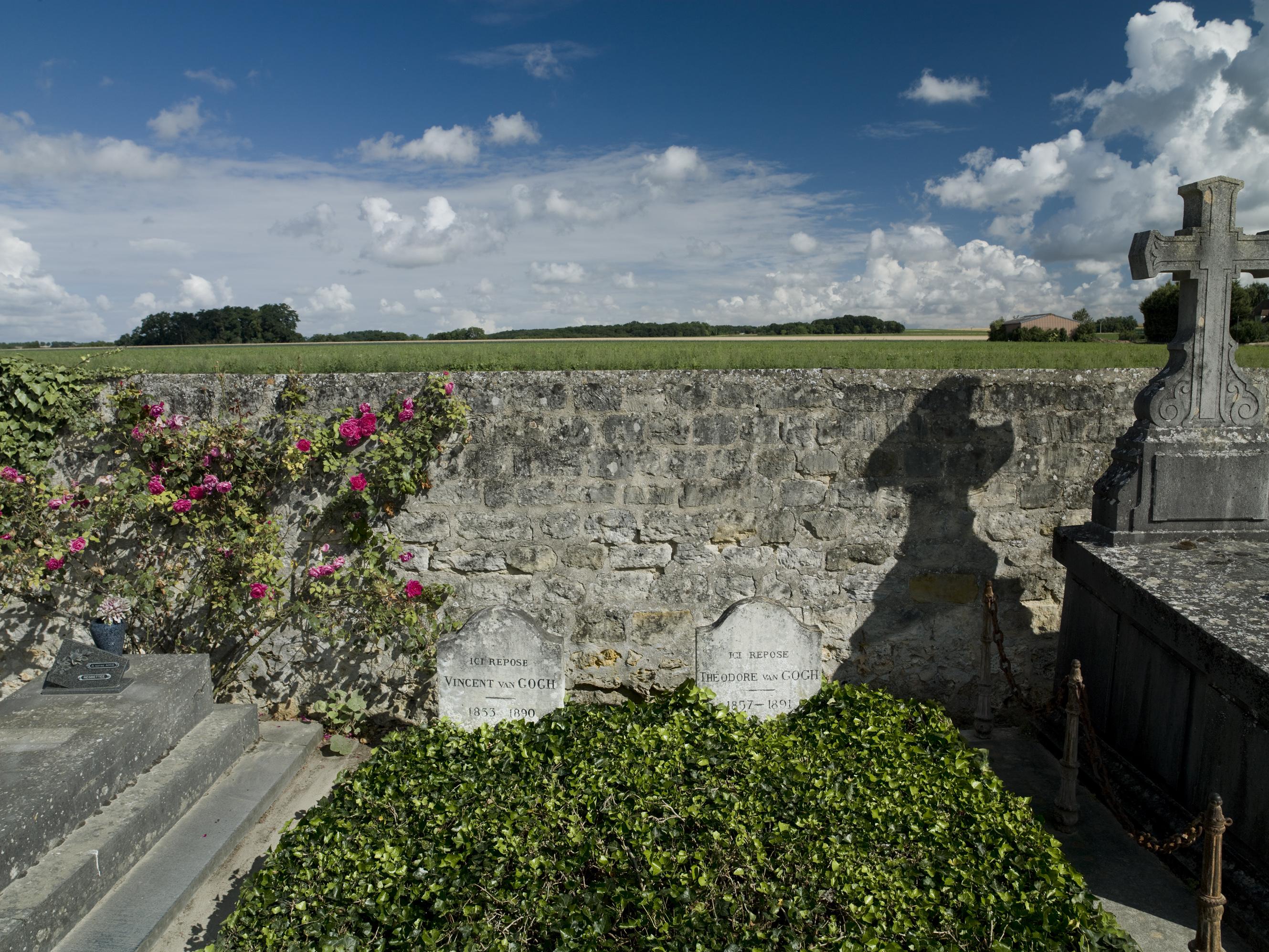VanGogh13_Deces-089-Tombes-Van-Gogh-couleur