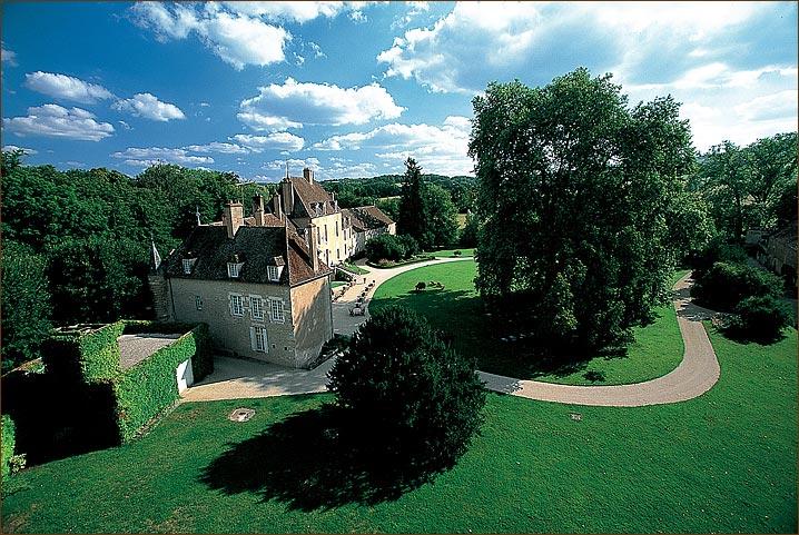 chateau-de-vault-de-lugny-3