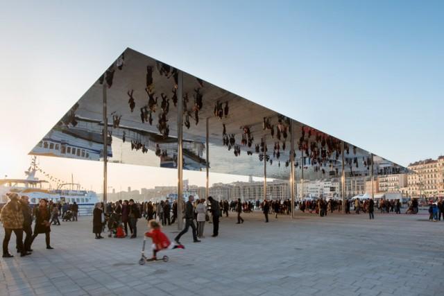 miroir-ombriere-Vieux-Port-Marseille-Norman-Foster-7-640x427