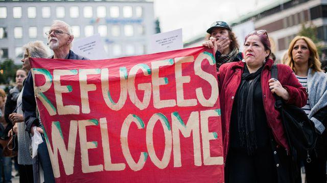 Résultats de recherche d'images pour «suède welcome réfugiées»