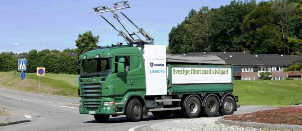 camion-tramway-scania-1168410-jpg_1039484_1