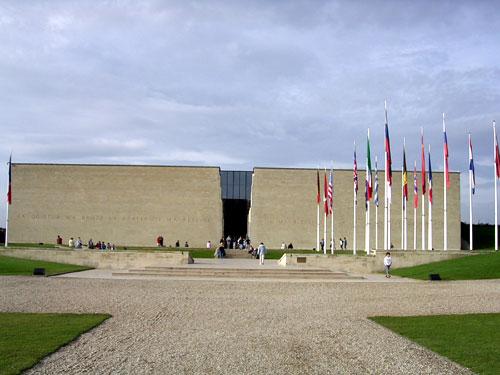 Caen-Memorial-03