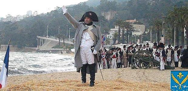 Sur la Route Napoléon (1) ! Les Nordiques aiment la marche…